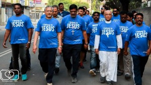 Archbishop Walks 3km with 1600 Christians